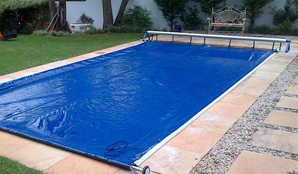 pool fabic cover cost- pool cover vs pool enclosures-portable pool cover